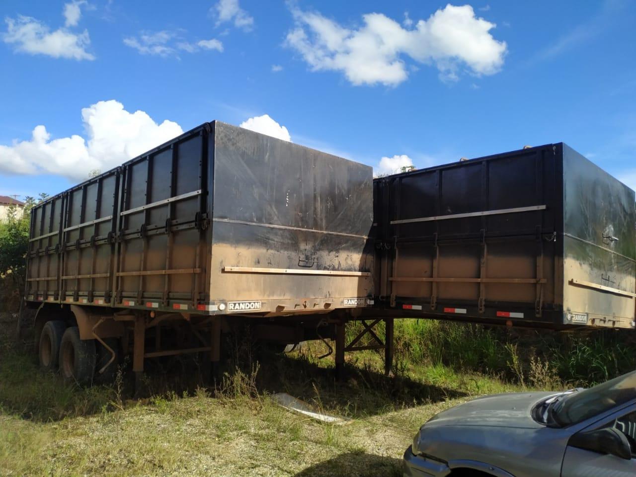 Foto de cargas roubadas de caminhões